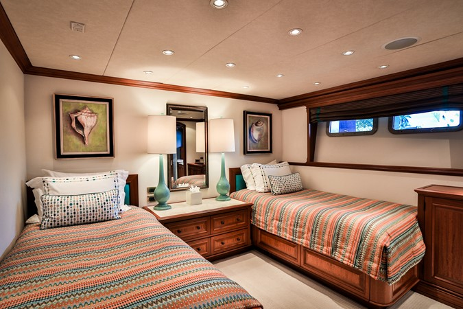 Twin Guest Stateroom 2006 BURGER  Motor Yacht 2580103