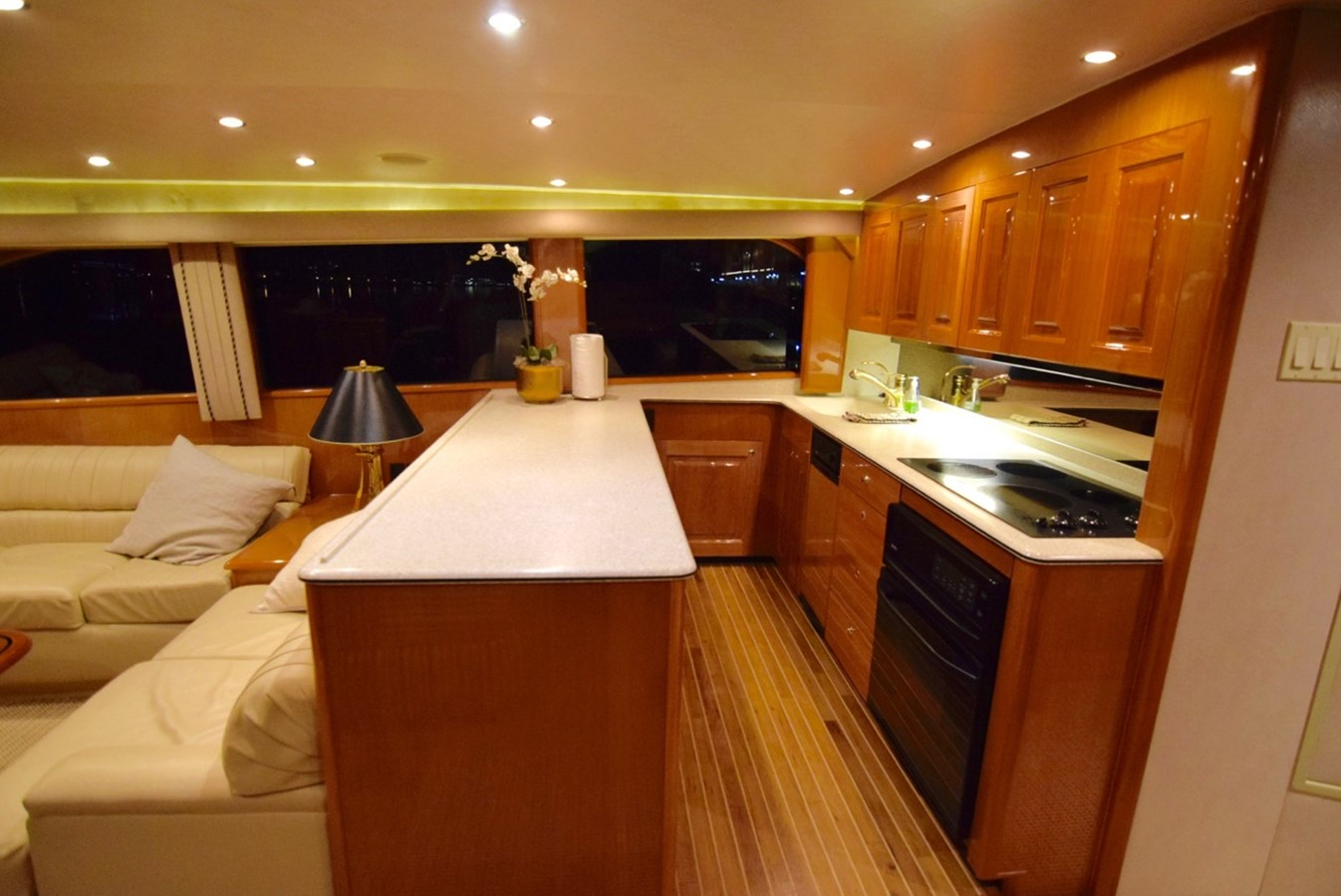 Galley 2001 VIKING Enclosed Bridge Motor Yacht 2449293