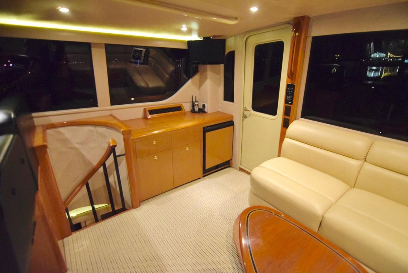 Pilothouse 2001 VIKING Enclosed Bridge Motor Yacht 2449297