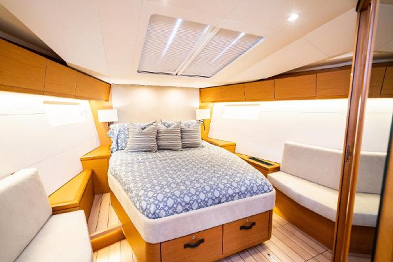2017 JEANNEAU 54 Cruising/Racing Sailboat 2451660