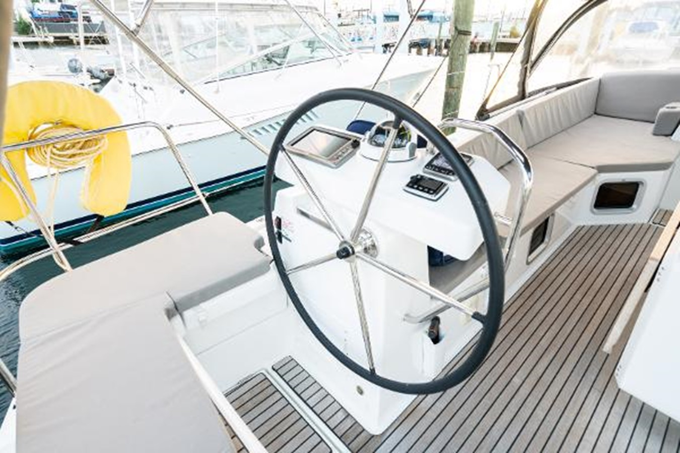 2017 JEANNEAU 54 Cruising/Racing Sailboat 2451740