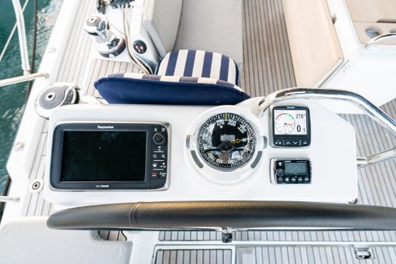 2017 JEANNEAU 54 Cruising/Racing Sailboat 2451741
