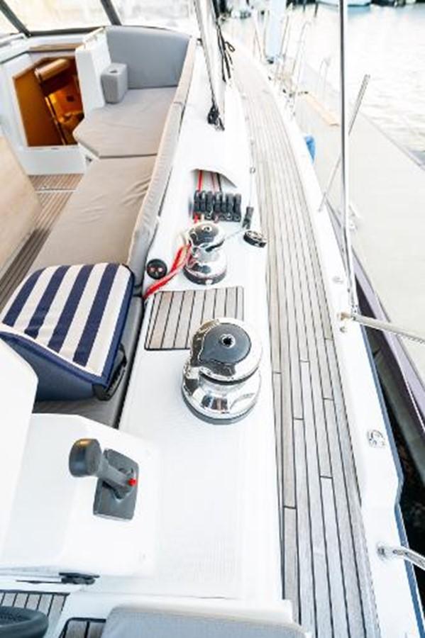 2017 JEANNEAU 54 Cruising/Racing Sailboat 2451746