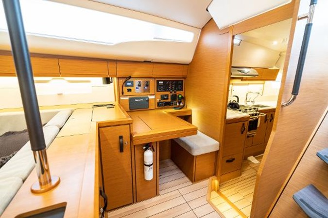 2017 JEANNEAU 54 Cruising/Racing Sailboat 2451672