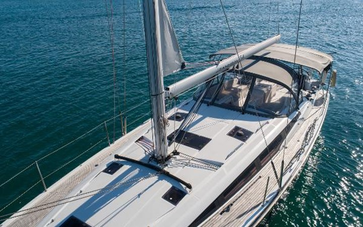 2017 JEANNEAU 54 Cruising/Racing Sailboat 2451722