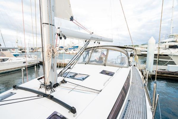 2017 JEANNEAU 54 Cruising/Racing Sailboat 2451732