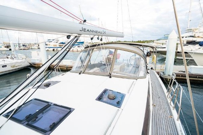 2017 JEANNEAU 54 Cruising/Racing Sailboat 2451734
