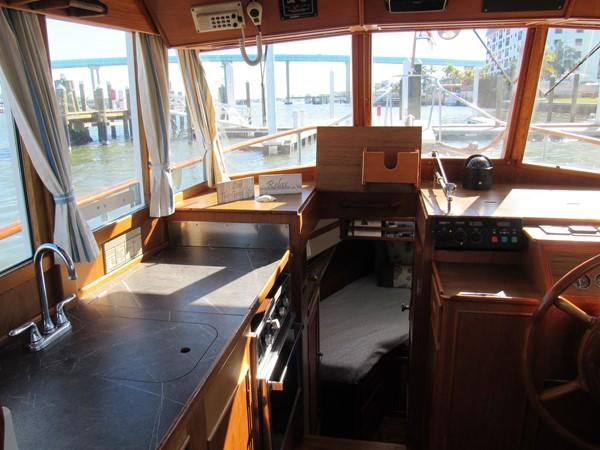 1985 GRAND BANKS Classic Motor Yacht 2452391