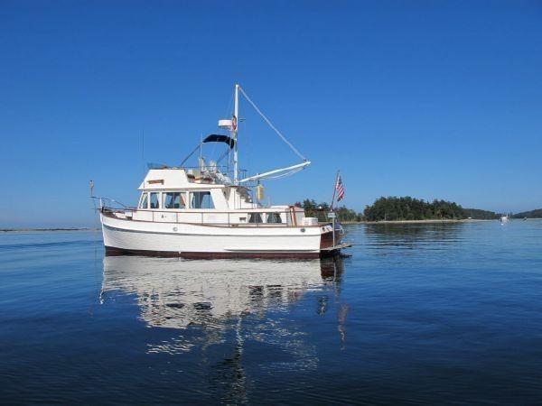 1985 GRAND BANKS Classic Motor Yacht 2452406