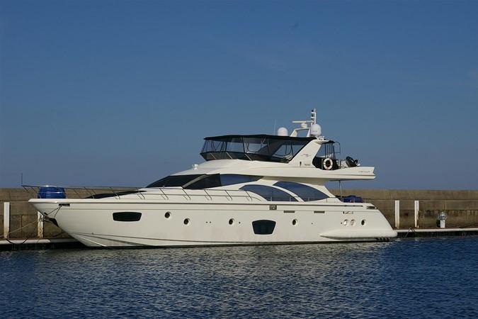 Exterior Azimut 75 2009 2009 AZIMUT  Motor Yacht 2452683