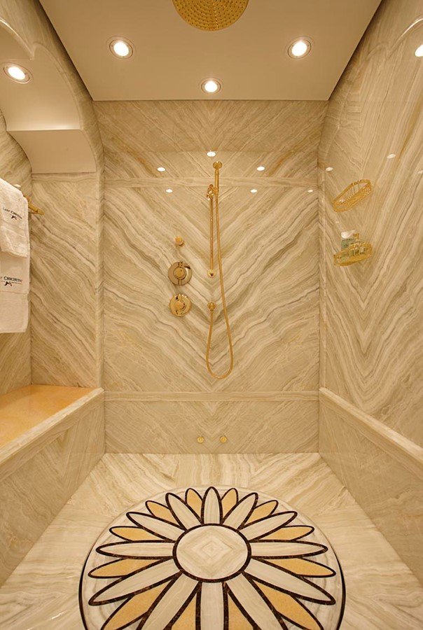 Master Shower - 223 FEADSHIP For Sale