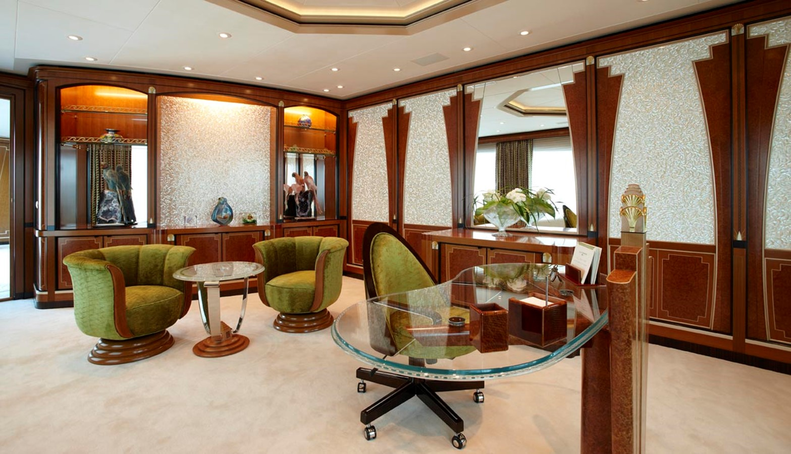 Her Study - 223 FEADSHIP For Sale