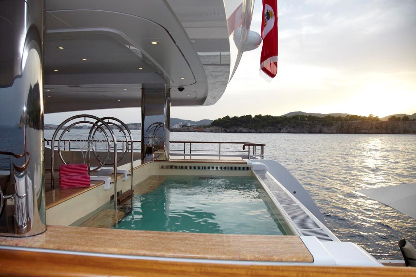 Plunge Pool - 223 FEADSHIP For Sale