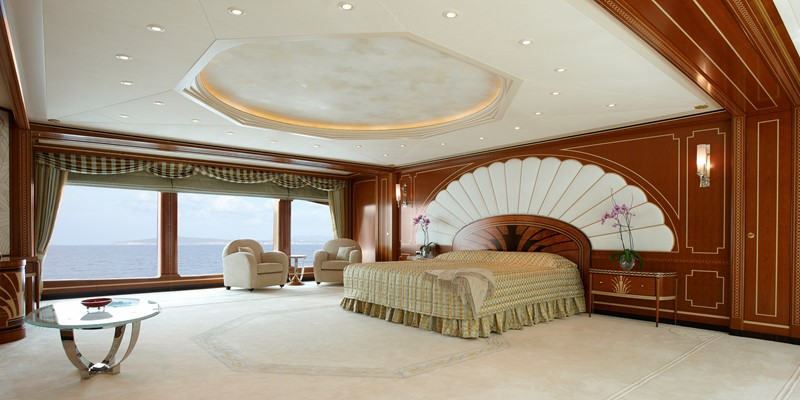 Owner's Stateroom 2010 FEADSHIP  Motor Yacht 2454938