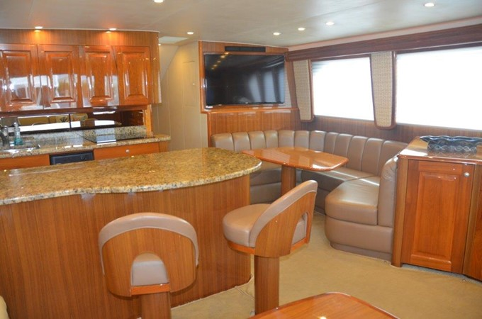 Galley 2007 VIKING Convertible Sport Fisherman 2458784