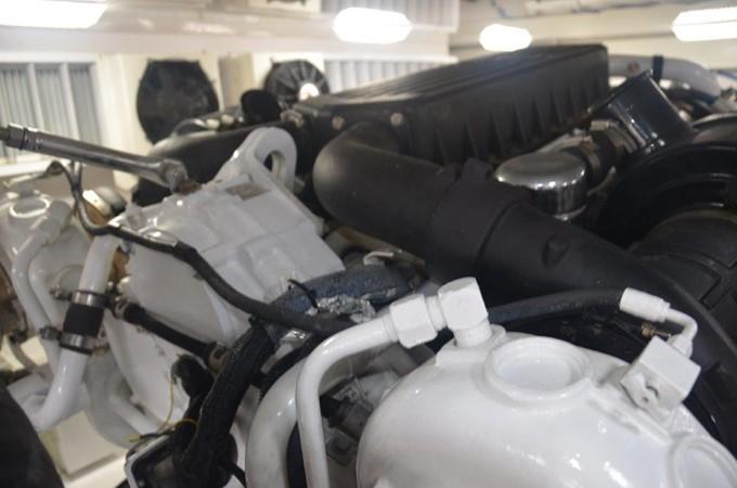 Engine Room 2007 VIKING Convertible Sport Fisherman 2458819