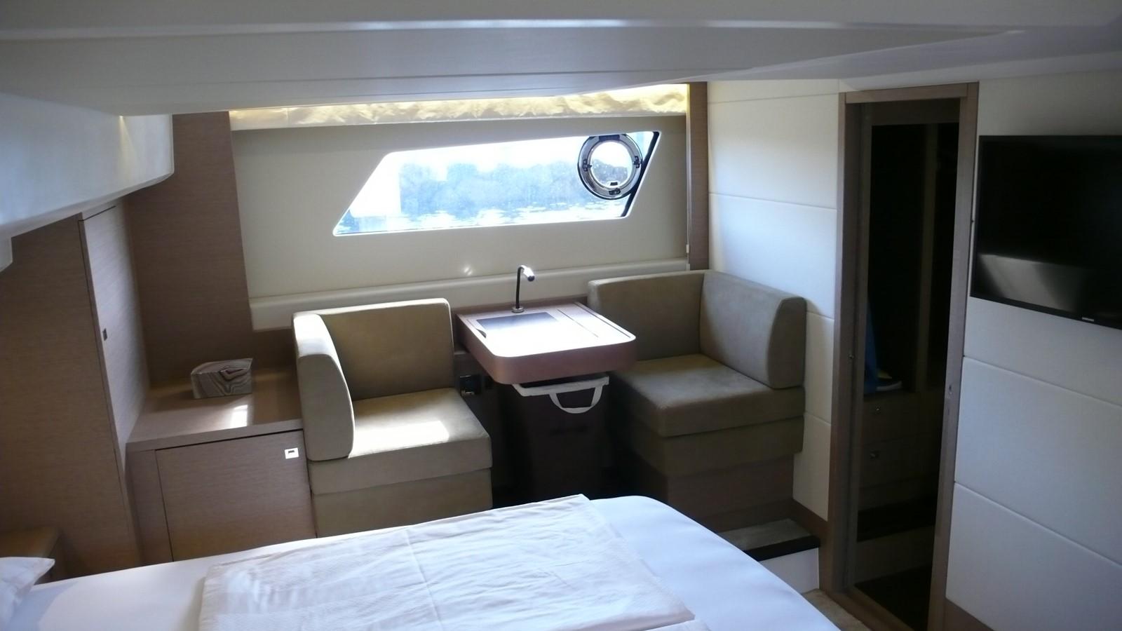 2016 PRESTIGE 550 Motor Yacht 2457216