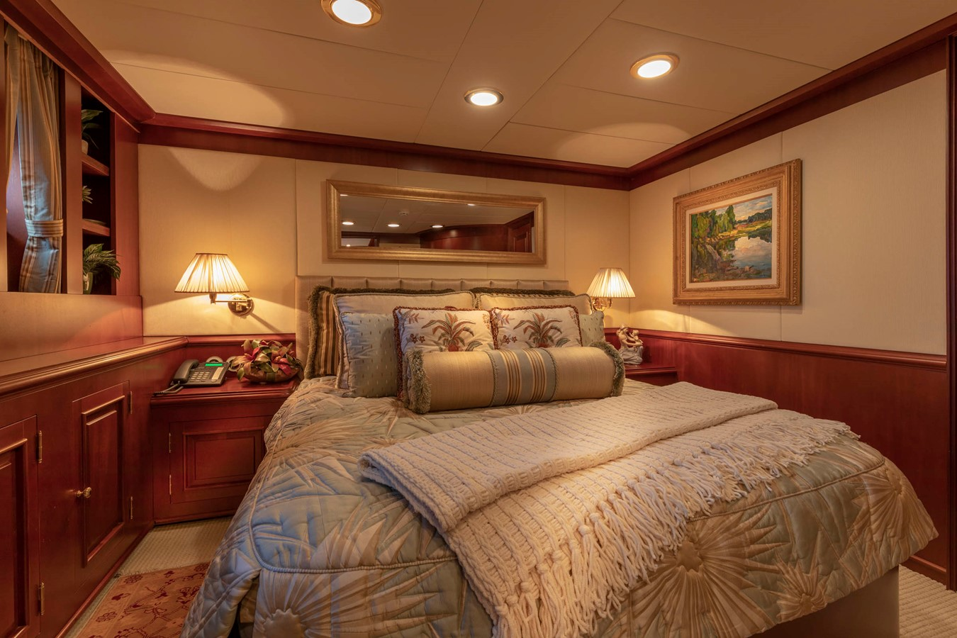 Aft Port Queen Guest Stateroom 2001 CUSTOM Classic Fantail Motor Yacht 2528454