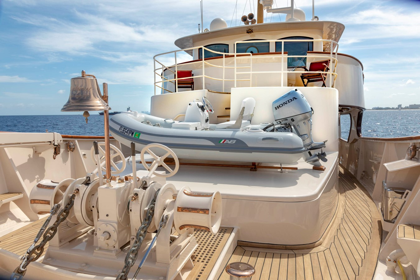 Foredeck 2001 CUSTOM Classic Fantail Motor Yacht 2528470