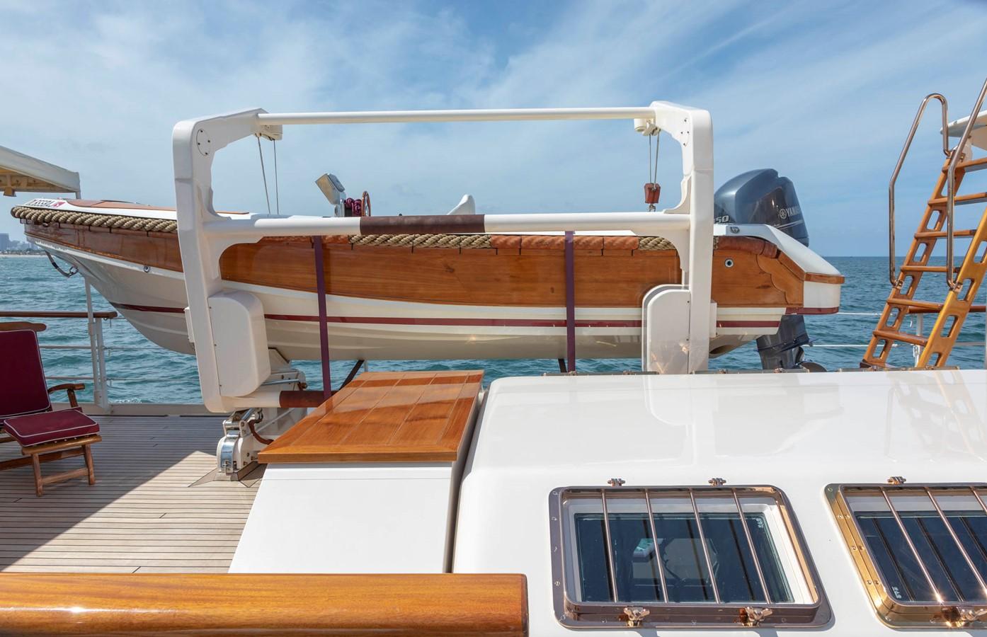 Owner's Tender 2001 CUSTOM Classic Fantail Motor Yacht 2528472
