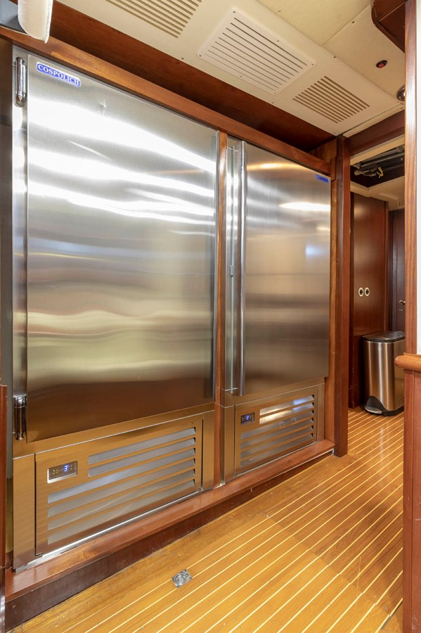 Cold Stores 2001 CUSTOM Classic Fantail Motor Yacht 2528474