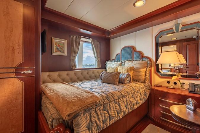 Main Deck VIP Stateroom 2001 CUSTOM Classic Fantail Motor Yacht 2528446