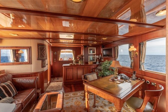 Skylounge/Owner's Office/Wet Bar 2001 CUSTOM Classic Fantail Motor Yacht 2528460