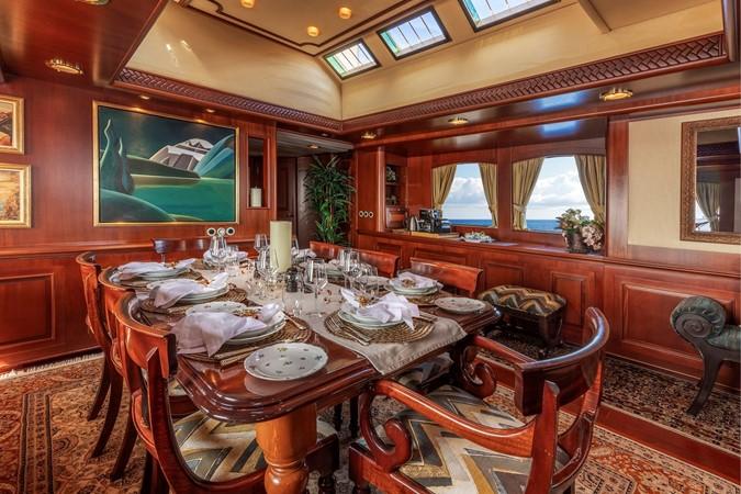 Dining 2001 CUSTOM Classic Fantail Motor Yacht 2529599