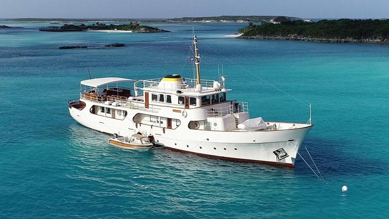2001 CUSTOM Classic Fantail Motor Yacht 2535640