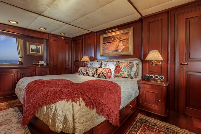 Main Deck Master Stateroom 2001 CUSTOM Classic Fantail Motor Yacht 2537177