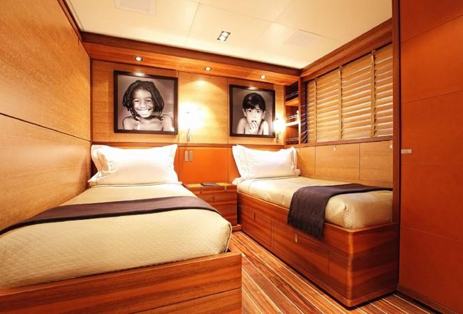 2013 PERINI NAVI Fast Cruiser Cruising Sailboat 2461801