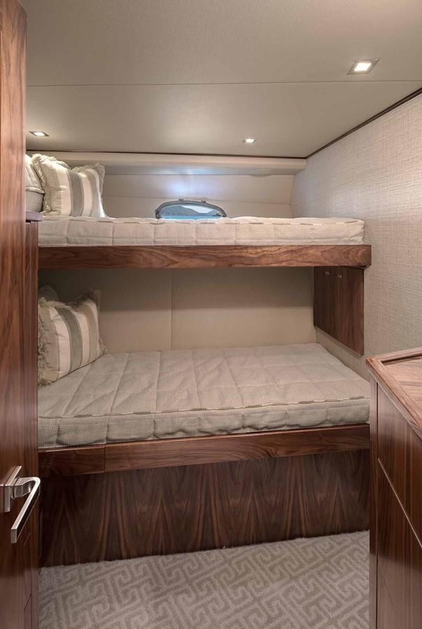 2019 VIKING Enclosed Bridge Motor Yacht 2464017