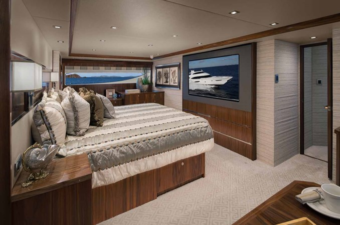 2019 VIKING Enclosed Bridge Motor Yacht 2464005