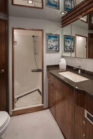 2019 VIKING Enclosed Bridge Motor Yacht 2464008