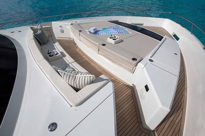 2019 VIKING Enclosed Bridge Motor Yacht 2464009