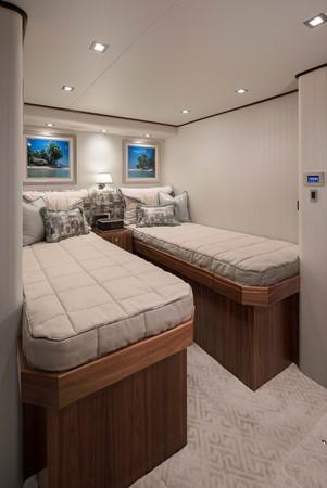 2019 VIKING Enclosed Bridge Motor Yacht 2464018