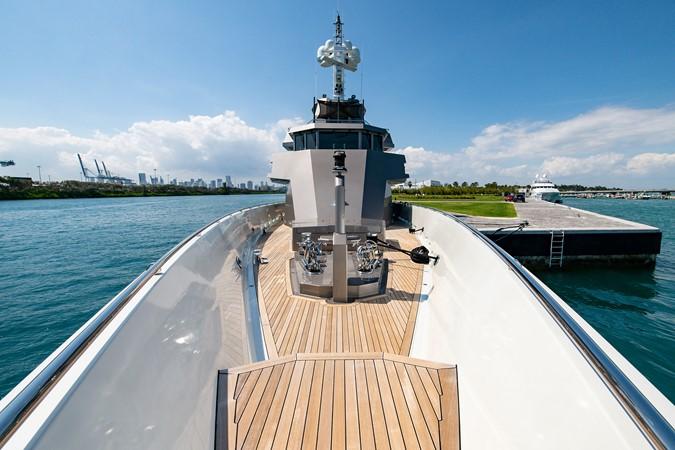 Bow 2004 OCEANFAST 174 Custom Superyacht Mega Yacht 2500999