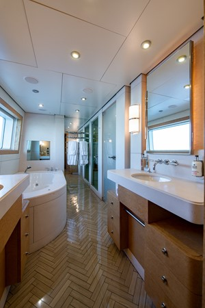 Master Bath 2004 OCEANFAST 174 Custom Superyacht Mega Yacht 2501035