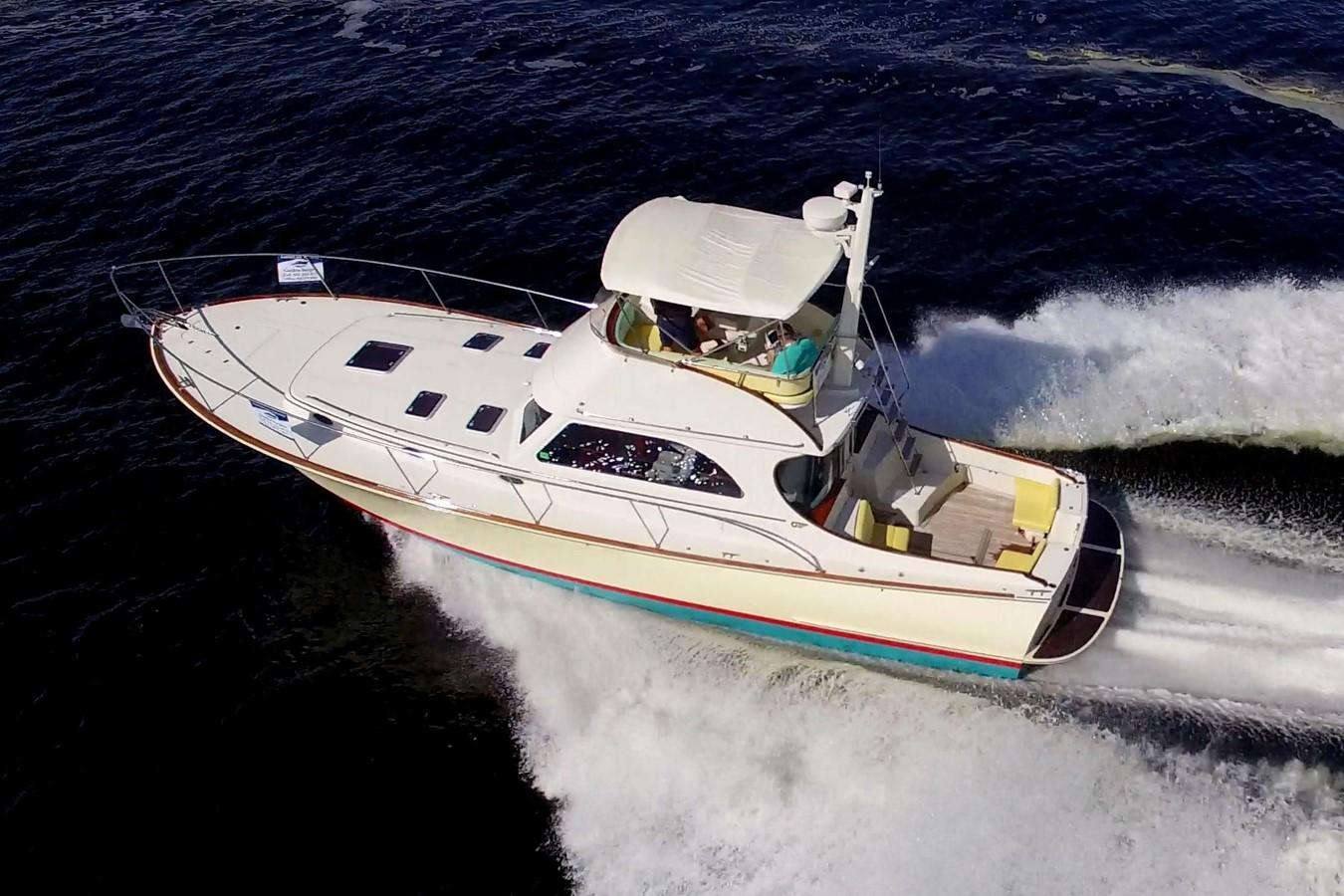 2002 HINCKLEY Talaria 44 FB Motor Yacht 2465292