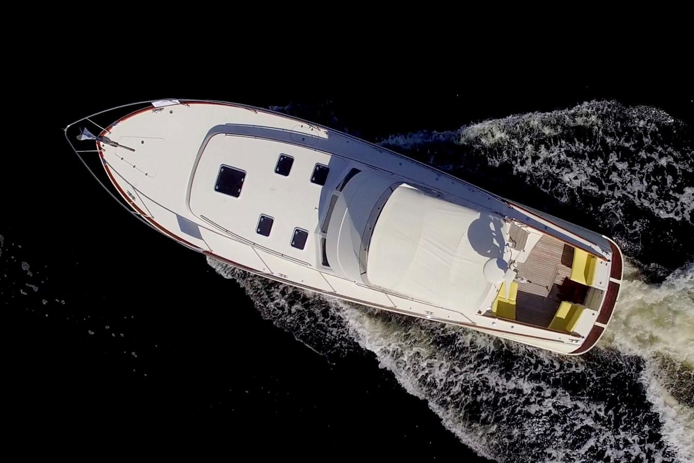 2002 HINCKLEY Talaria 44 FB Motor Yacht 2465293