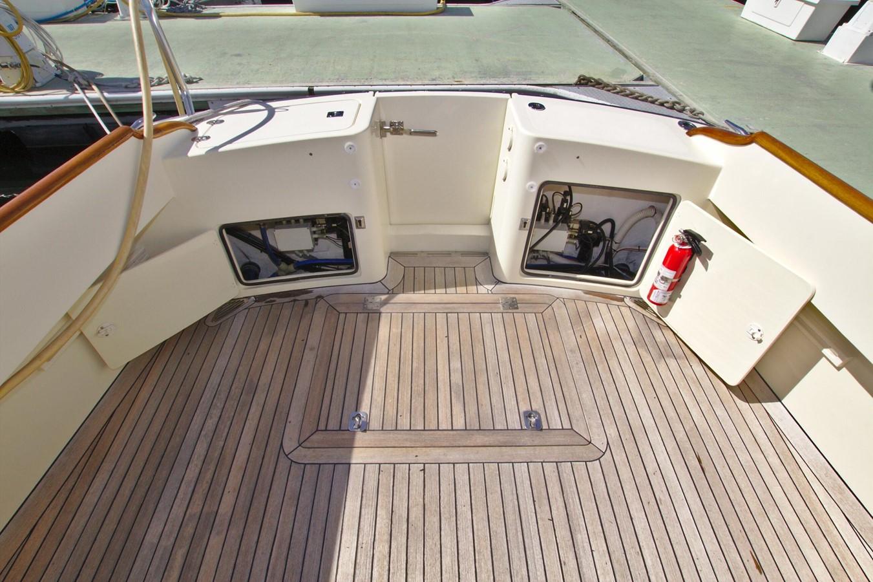 2002 HINCKLEY Talaria 44 FB Motor Yacht 2465349