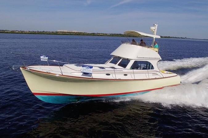 2002 HINCKLEY Talaria 44 FB Motor Yacht 2465291