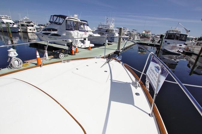 2002 HINCKLEY Talaria 44 FB Motor Yacht 2465303