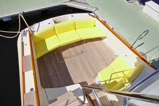 2002 HINCKLEY Talaria 44 FB Motor Yacht 2465305