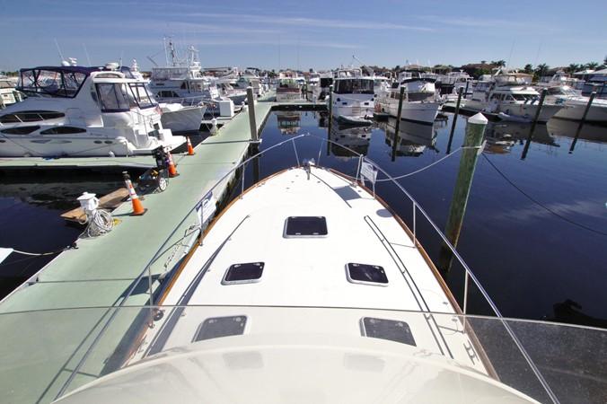 2002 HINCKLEY Talaria 44 FB Motor Yacht 2465310