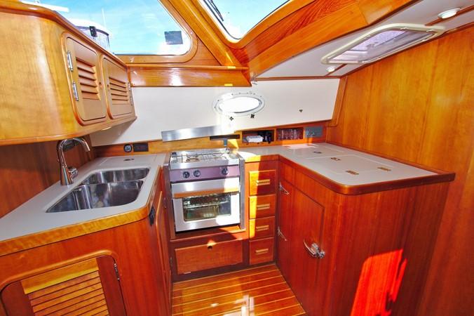 2002 HINCKLEY Talaria 44 FB Motor Yacht 2465320