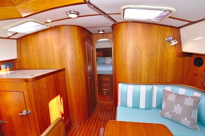 2002 HINCKLEY Talaria 44 FB Motor Yacht 2465327