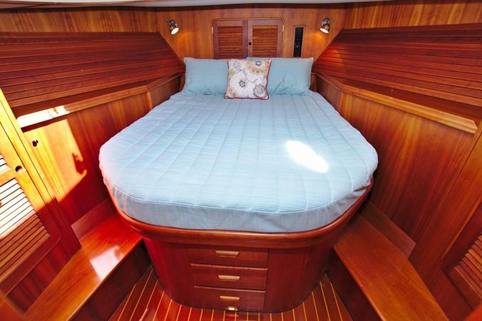 2002 HINCKLEY Talaria 44 FB Motor Yacht 2465330