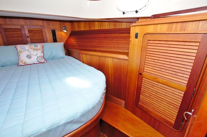 2002 HINCKLEY Talaria 44 FB Motor Yacht 2465331