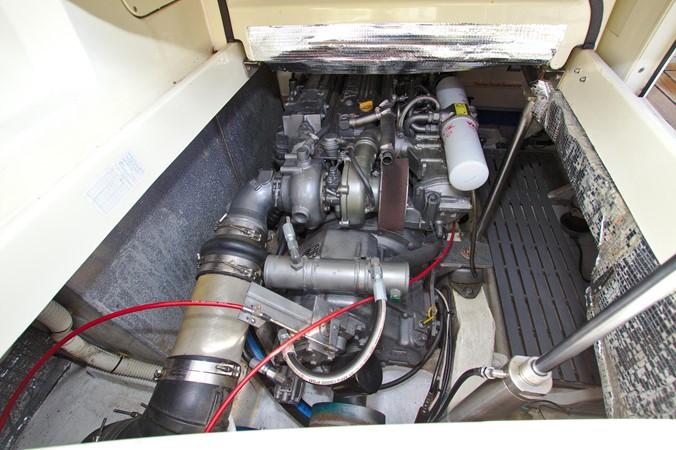 2002 HINCKLEY Talaria 44 FB Motor Yacht 2465337